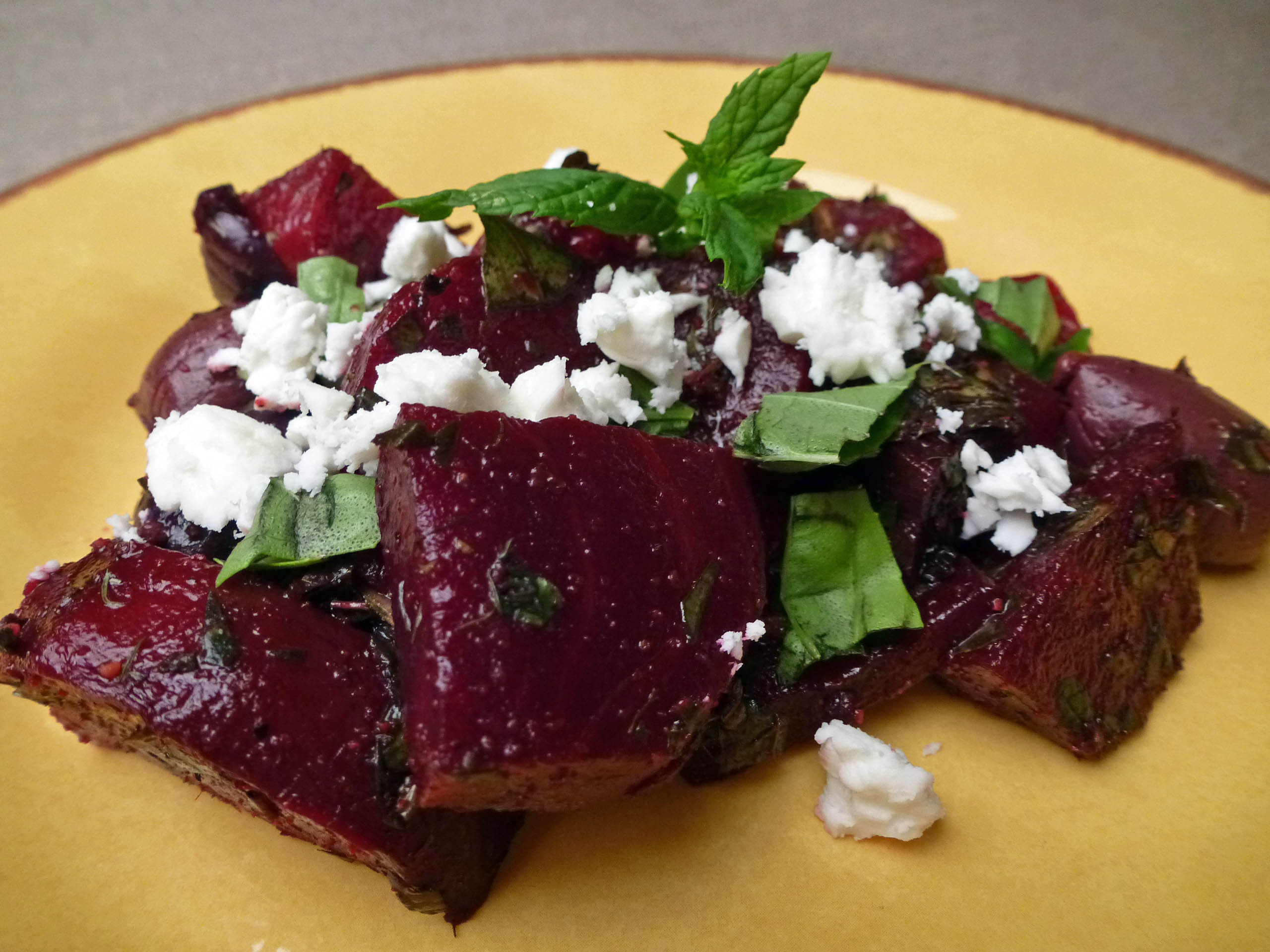 how to prepare fresh beets for salad