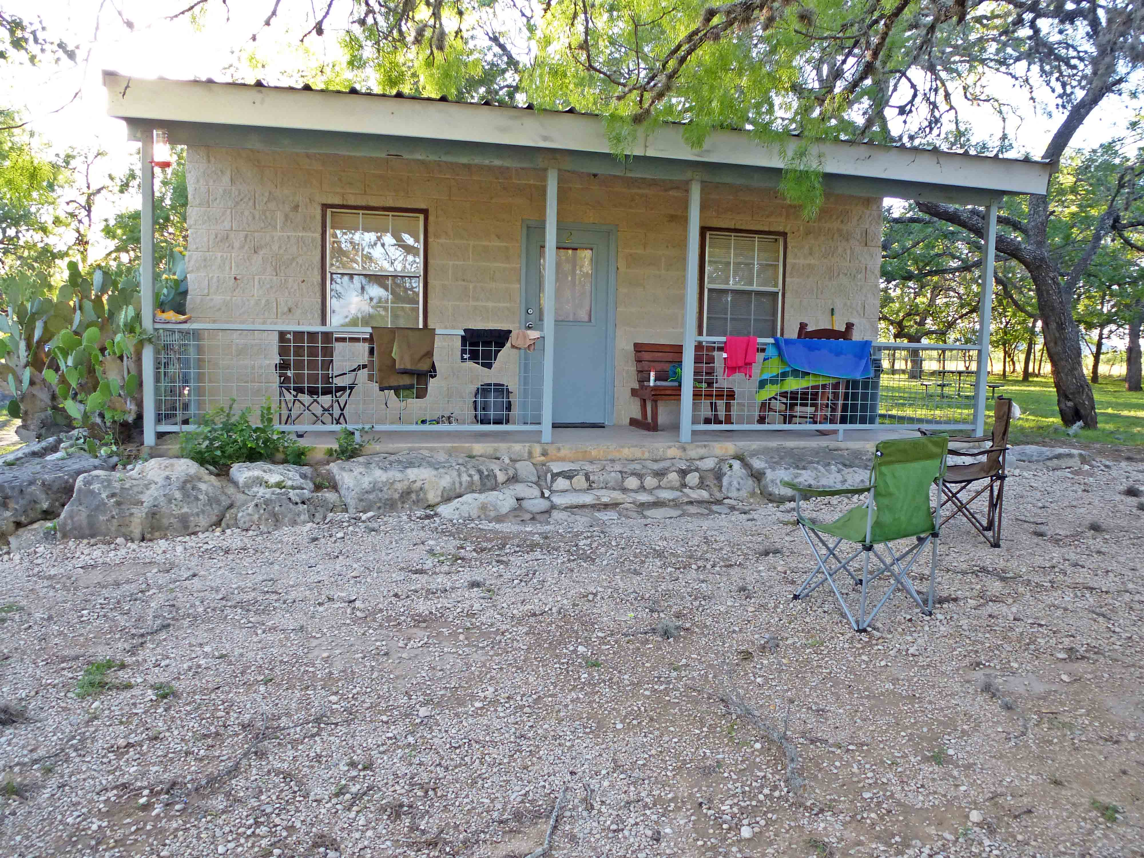 rentals cabins lodge lodging details rio rent view img river property vacation for availability creekside frio